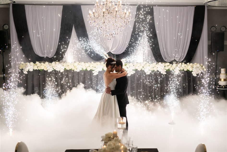 99 Wedding Package At The Epping Club